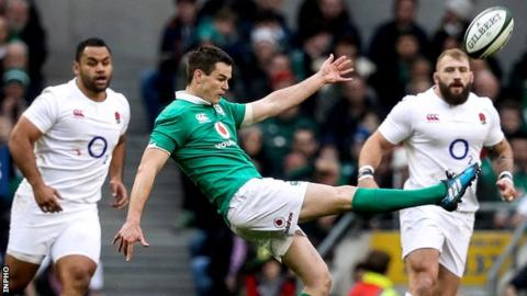 Johnny Sexton in action for Ireland against England on 18 March