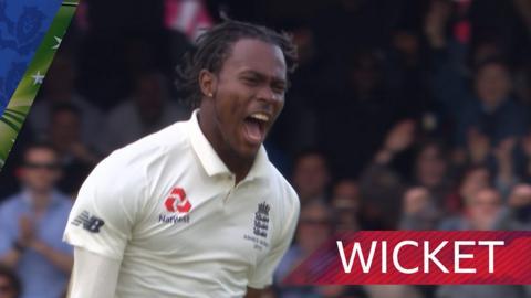 Archer dismisses Warner as England chase victory