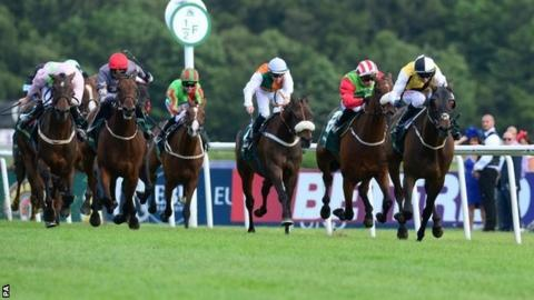 Quest For More (right) wins the Northumberland Plate