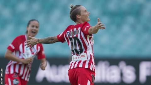 Jess Fishlock celebrates scoring for Melbourne City in their 2018 W-League Grand Final win against Sydney Sky Blues