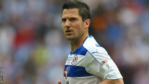Yann Kermorgant in action for Reading