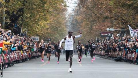 Eliud Kipchoge approaches the finish line during the Ineos 1:59 Challenge