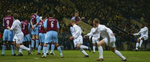 Jay-Jay Okocha scores stunning free-kick against Aston Villa
