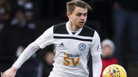 Alan Forest: Livingston approach for Ayr winger confirmed by Gary Holt