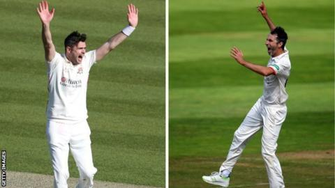 Jimmy Anderson and Graham Onions each took four wickets as Division Two leaders Lancashire bowled out Worcestershire for just 98 at New Road