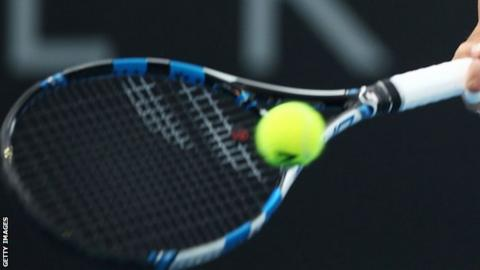 What comprises a match in tennis
