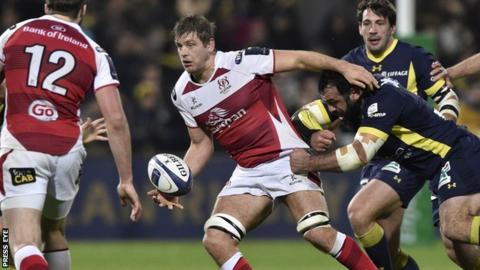 Ulster flanker Chris Henry in action during the loss to Clermont Auvergne