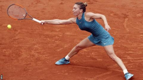 Halep breaks through, beating Stephens for the French Open title
