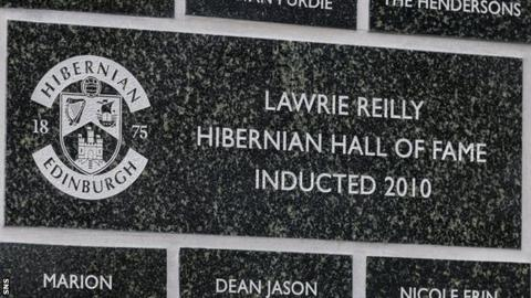 Lawrie Reilly's Easter Road plaque