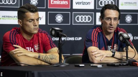 Unai Emery wants from three to five captains in the team