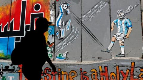 Lionel Messi painting in Bethlehem