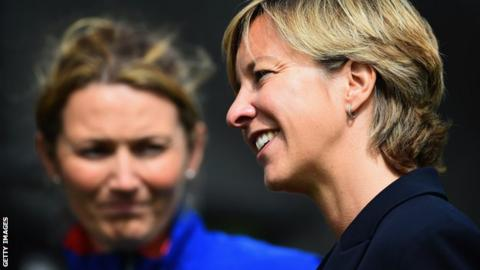 Charlotte Edwards (left) and Clare Connor