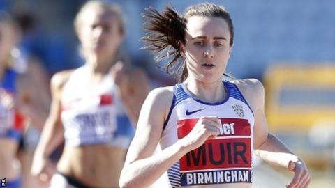 Laura Muir wins her 800m heat