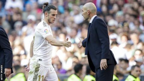 Gareth Bale: Real Madrid boss Zinedine Zidane not interested in flag furore