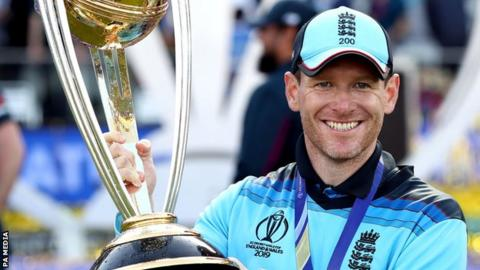Eoin Morgan lifts the World Cup trophy after the 2019 final