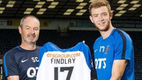 Steve Clarke has persuaded defender Stuart Findlay (right) to return to Rugby Park this season
