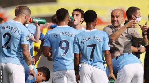 Guardiola thanks Silva for decade of Man City service