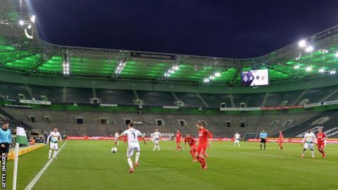 Borussia Monchengladbach v Cologne