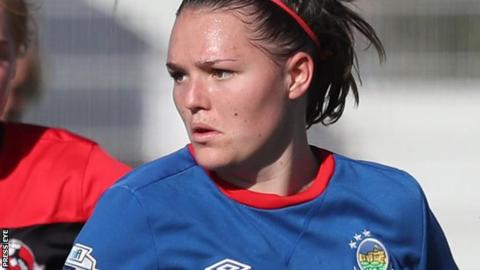 Abbie Magee scored for Linfield Ladies as the pacesetters chalked up another three points