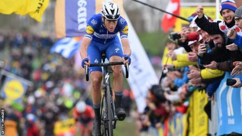 Niki Terpstra became the first Dutchman since Adrie van der Poel in 1986 to win the race