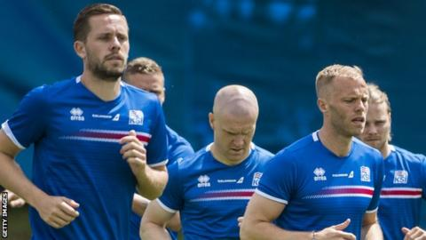 Swansea's Gylfi Sigurdsson (left) played with Eidur Gudjohnsen (right) for Iceland at Euro 2016
