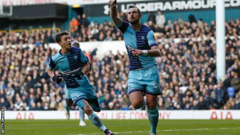 Paul Hayes celebrates goal at Spurs