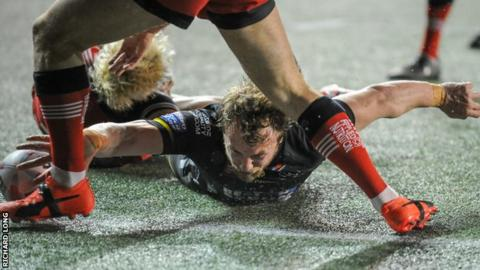 Chris Dean scores Widnes' first try of the match