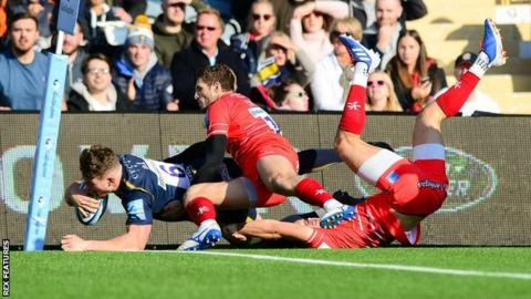Young Worcester flanker Ted Hill kept up his habit of scoring tries against Leicester - his third in four games against the Tigers