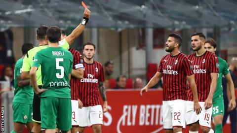 Under-fire Giampaolo vows to fight on at struggling AC Milan