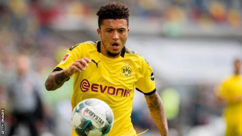 Sancho accepts United's mega contract — Bild