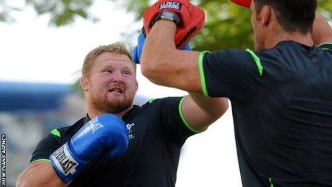 Samson Lee trains with Wales