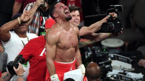 Ward's last win came against Sergey Kovalev and ensured he retired unbeaten