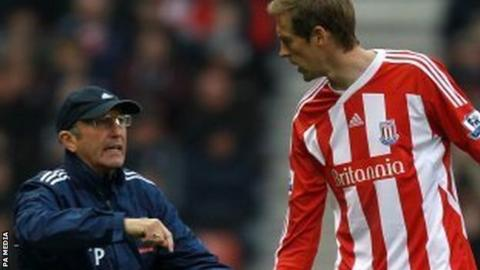 Tony Pulis and Peter Crouch