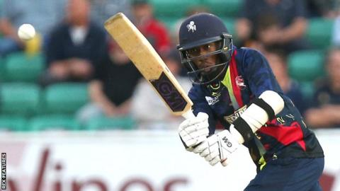 Daniel Bell-Drummond in action for Kent
