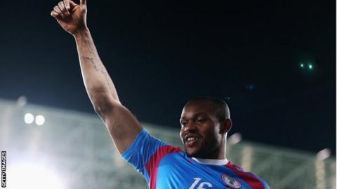 Nigeria goalkeeper Austin Ejide