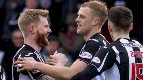 St Mirren's Harry Davis celebrates scoring his penalty to make it 2-0