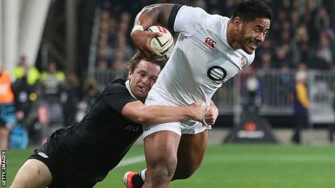 Manu Tuilagi is tackled by Ben Smith