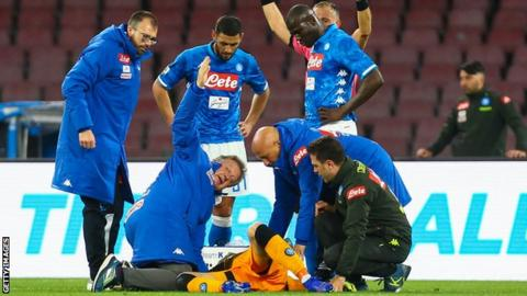 Napoli goalkeeper falls unconscious during match