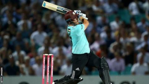 Vitality T20 Blast: Aaron Finch's 53-ball 102* keeps Surrey hoping