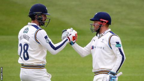 Liam Plunkett (left) and Jonny Bairstow (right)