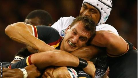 Sam Warburton in action against Fiji