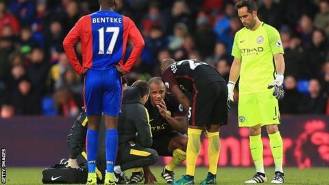 Vincent Kompany injured against Crystal Palace