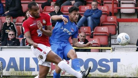 Macauley Bonne fires in for Leyton Orient