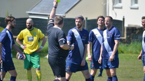 Jersey Scottish get yellow card