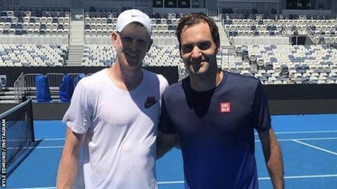Australian Open: Kyle Edmund hits with Roger Federer on 24th birthday