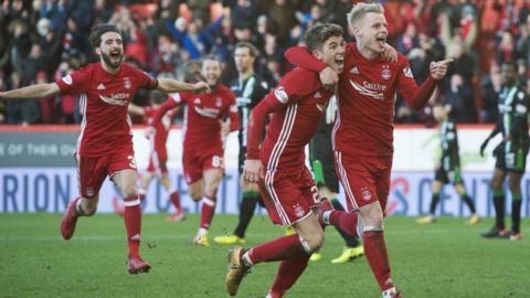 Gary Mackay-Steven celebrates a goal