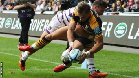 Josh Bassett's converted try in the corner put Wasps in control at 14-0 up after 15 minutes