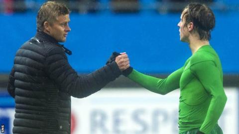 Molde's Ole Gunnar Solskjaer and Celtic's Stefan Johansen