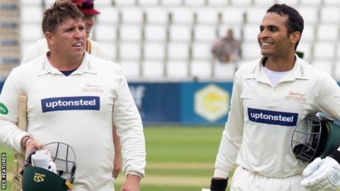 Leicestershire batsmen Mark Cosgrove and Hassan Azad