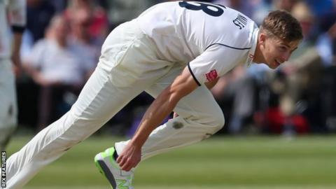 Warwickshire fast bowler Craig Miles